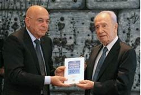 Peres gets 2011 IDI report