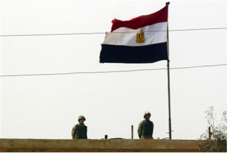 Egyptian soldiers at the Rafiah border