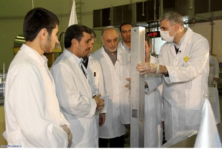 Ahmedinejad at nuclear site