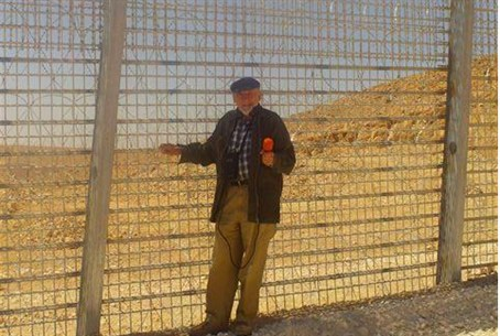 Arutz 7 Host Walter Bingham at Sinai border