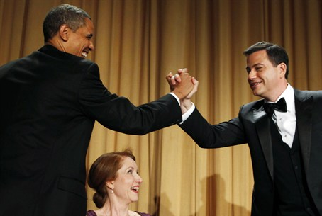 Obama shakes hands with comedian Jimmy Kimmel
