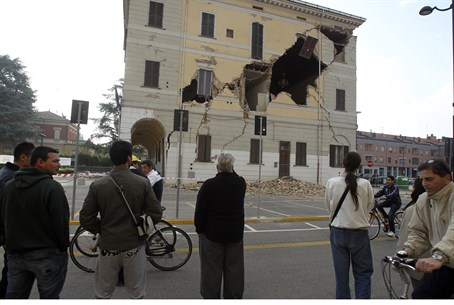 Damaged Town Hall building on Sant' Agostino
