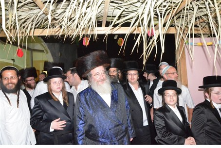 The Spinka Rebbe at Joseph's Tomb