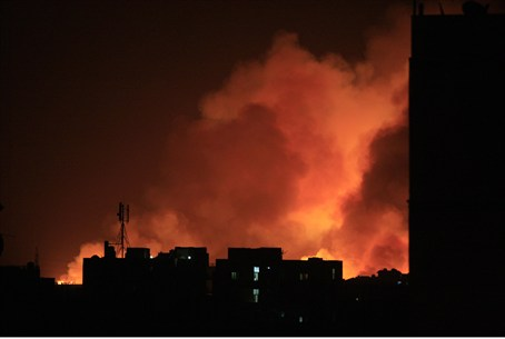 Fire engulf the Yarmouk ammunition factory in