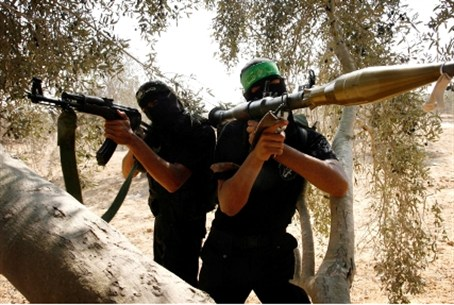 Hamas terrorists train for rocket attacks