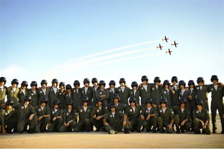 New pilots pose for picture.