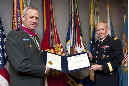 Dempsey presents Gantz with Legion of Merit