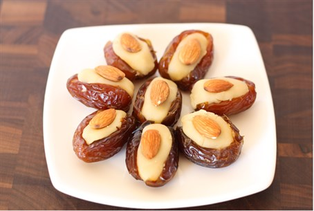 Almond-Stuffed dates