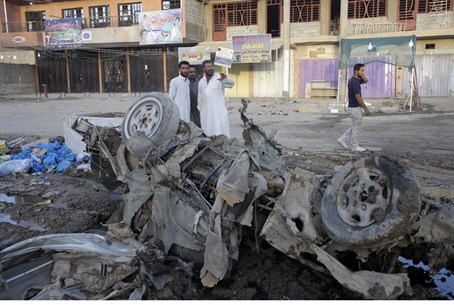 Scene of Baghdad car bombing attack, 7/8/13