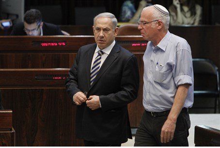 PM Netanyahu and Minister Uri Ariel