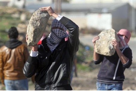 Arab rioters with rocks (illustrative)