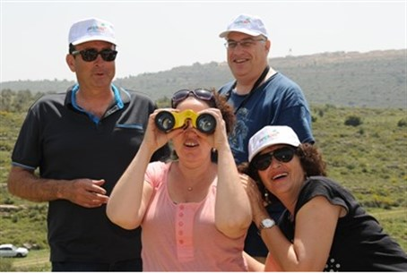 Israelis in Judea and Samaria on Mashkefet to