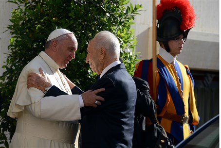 Pope with Peres