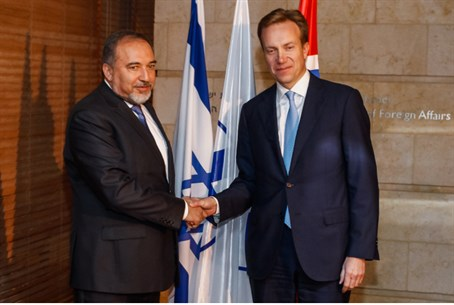 Norwegian Foreign Minister Borge Brende with